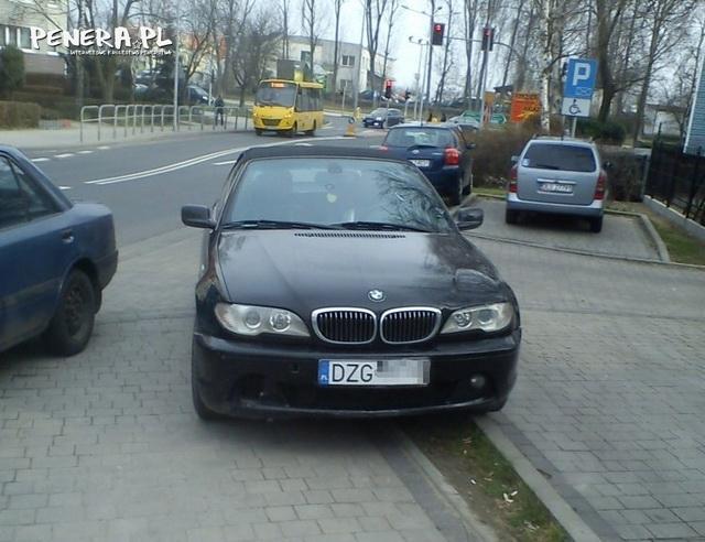 Parkowanie typowego debila z BMW